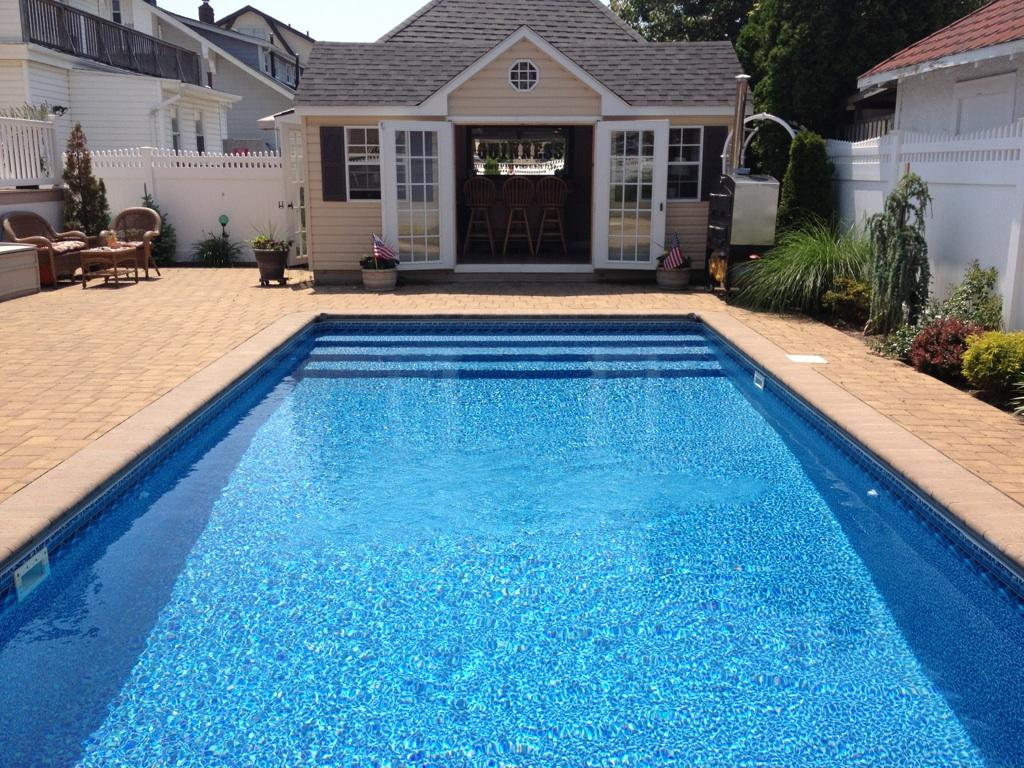 Richy pools brooklyn ny pool builder of residential for Residential swimming pool